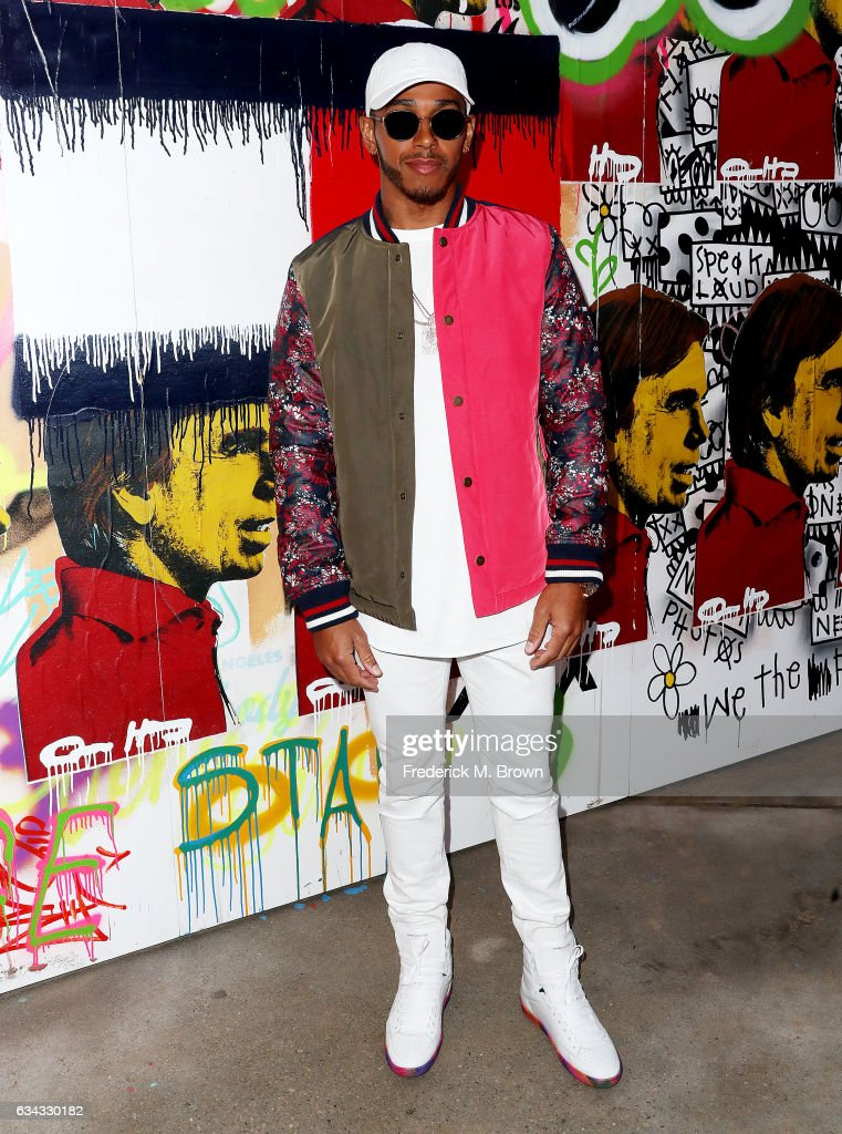 formula-one-race-car-driver-lewis-hamilton-attends-tommy-hilfiger-picture-id634330182