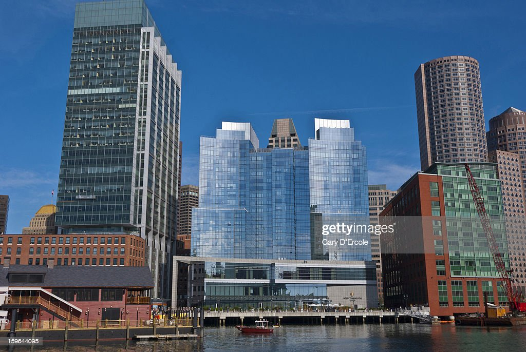 Fort Point Channel area, Boston waterfront : Stock Photo