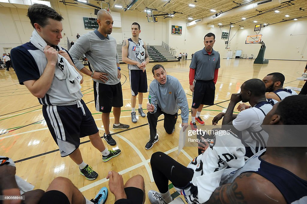 Fort Wayne Mad Ants Head Coach Conner Henry directs participants during a timeout of a scrimmage on day two of the 2014 NBA Development League Elite Mini Camp on May 13, 2014 at Quest Multisport in Chicago, Illinois.