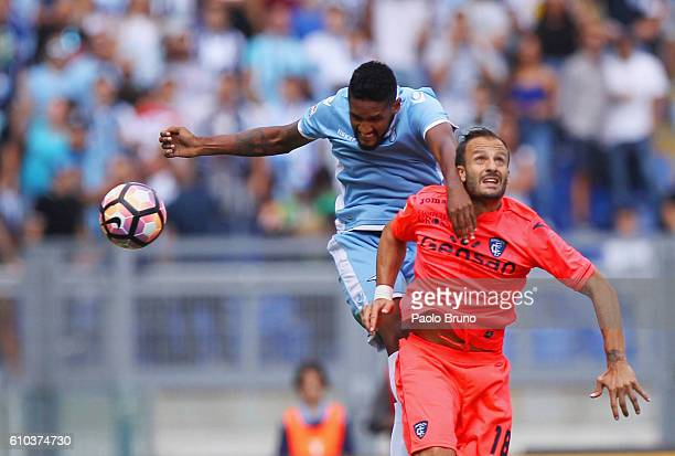 Fortuna Wallace of SS Lazio competes for the ball with Alberto Gilardino of Empoli FC during the Serie A match between SS Lazio and Empoli FC at...
