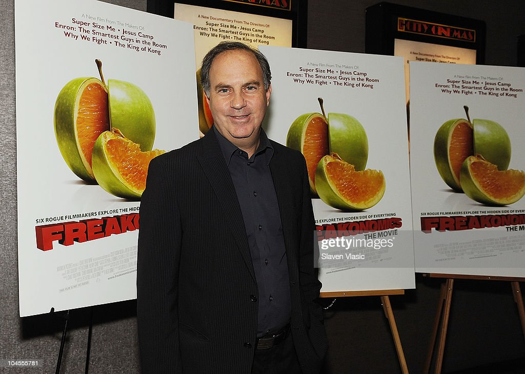 Fortune managing editor Andy Serwer attends the 'Freakonomics' premiere at Cinema 2 on September 29, 2010 in New York City.