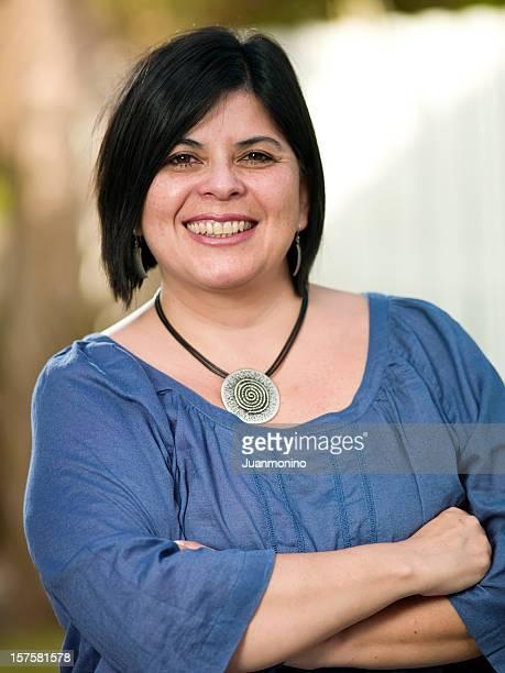 Forty-etwas Hispanic Frau