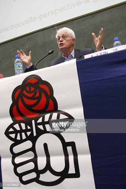 Forum of the Socialist Party 'Building a new perspective for the left' in Paris France on September 16th 2007 Lionel Jospin