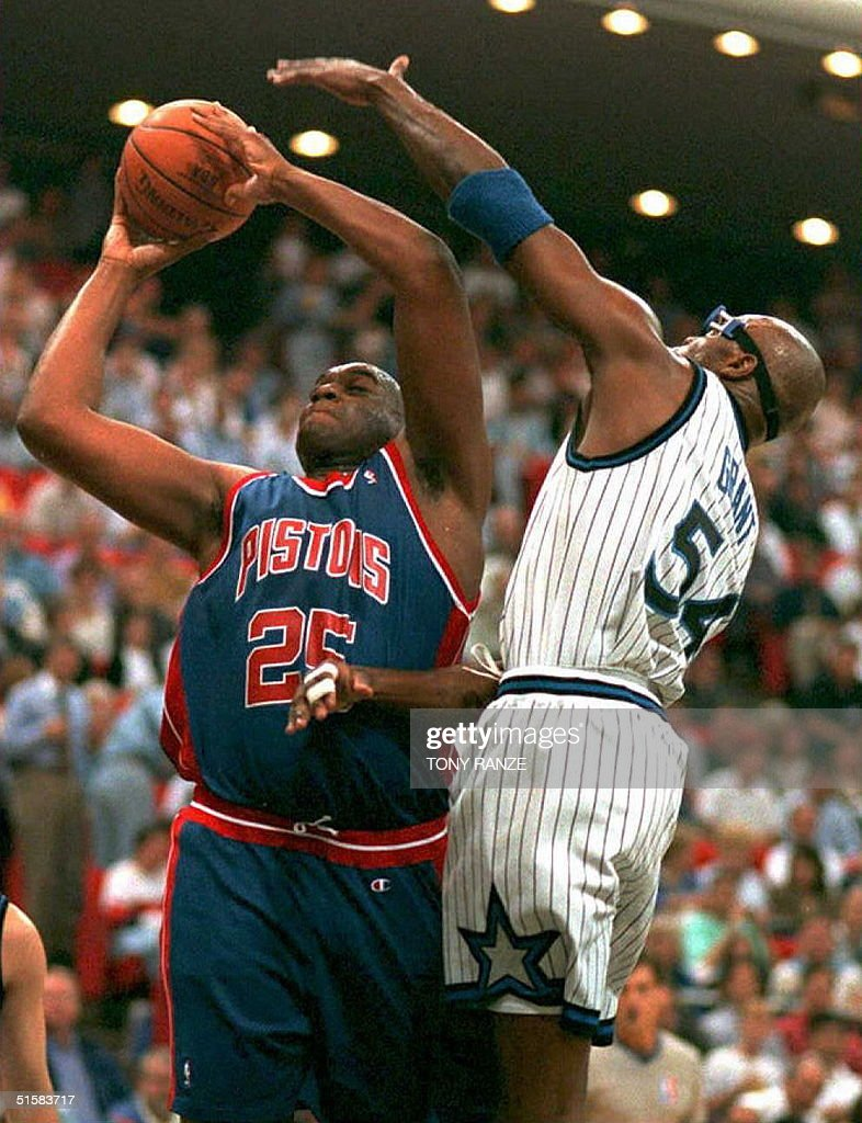 Forward Horace Grant of the Orlando Magic R foul