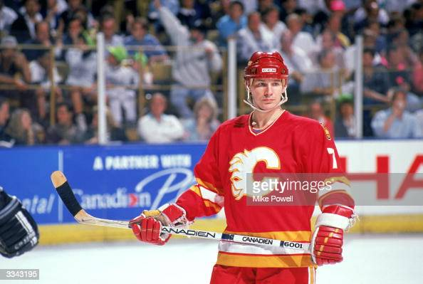 Forward Joe Mullen of the Calgary Flames skates against the Los Angeles Kings during a 198990 NHL Playoff Game at the Great Western Forum in...