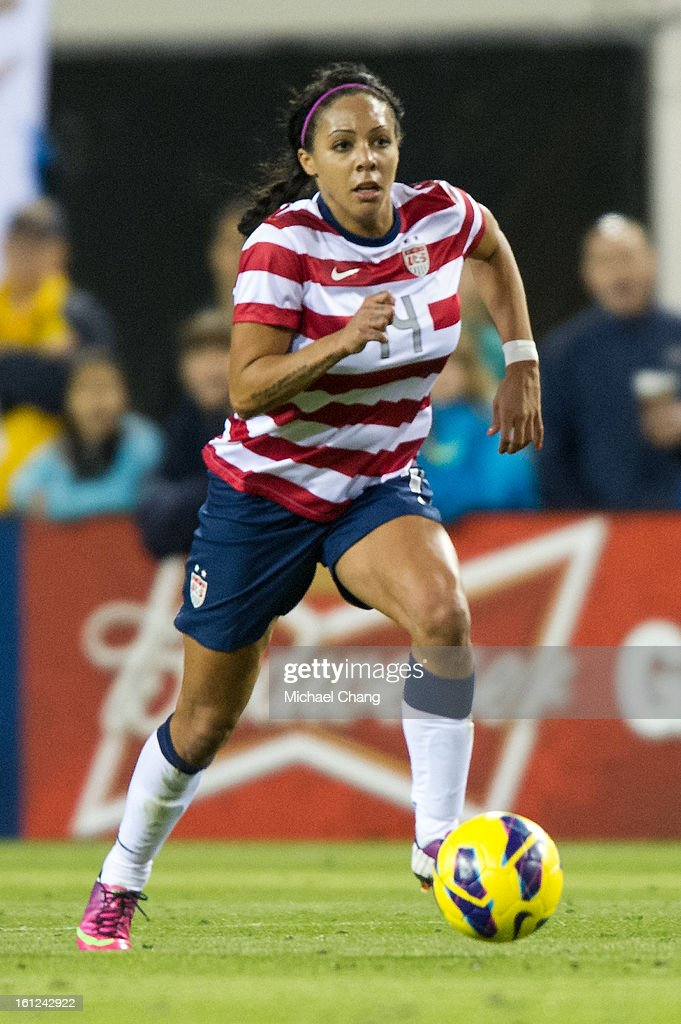 Forward <a gi-track='captionPersonalityLinkClicked' href=/galleries/search?phrase=Sydney+Leroux&family=editorial&specificpeople=5760664 ng-click='$event.stopPropagation()'>Sydney Leroux</a> #14 of the United States drives to the goal during the game against Scotland at EverBank Field on February 9, 2013 in Jacksonville, Florida. The United States defeated Scotland 4-1.