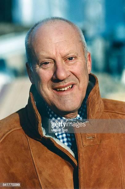 Foster Sir Norman Robert *Architekt GB Portrait Dezember 1997