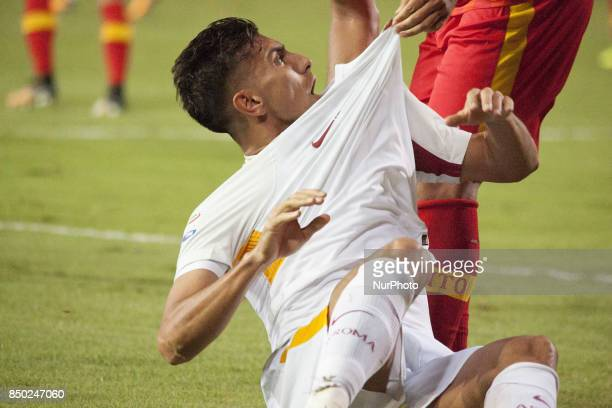 Foul of players Benevento Calcio against player of AS Roma Pellegrini Lorenzo during the Serie A match between Benevento Calcio and AS Roma at Stadio...