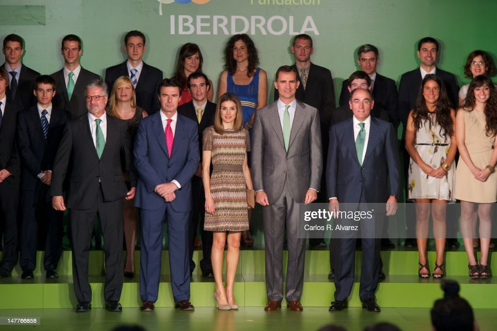 Foundation Iberdrola President Manuel Marin, Spain's Minister of Industry, Energy and Tourism <a gi-track='captionPersonalityLinkClicked' href=/galleries/search?phrase=Jose+Manuel+Soria&family=editorial&specificpeople=6405496 ng-click='$event.stopPropagation()'>Jose Manuel Soria</a>, Princess <a gi-track='captionPersonalityLinkClicked' href=/galleries/search?phrase=Letizia+of+Spain&family=editorial&specificpeople=158373 ng-click='$event.stopPropagation()'>Letizia of Spain</a>, Prince Felipe of Spain and Iberdrola President Igancio Galan attend Iberdrola Foundation Scholarships 2012 at 'Casa de America' on July 3, 2012 in Madrid, Spain.