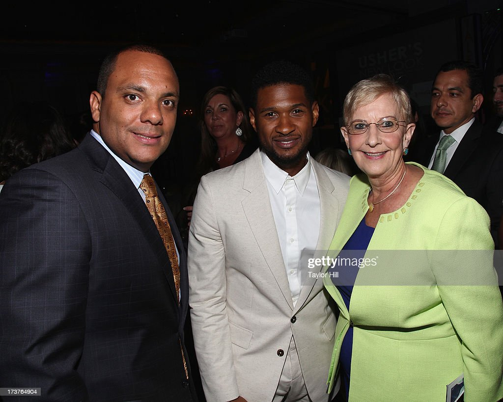 Foundation president Shawn Wilson, singer <a gi-track='captionPersonalityLinkClicked' href=/galleries/search?phrase=Usher+-+Singer&family=editorial&specificpeople=201477 ng-click='$event.stopPropagation()'>Usher</a>, and First Lady of Georgia Sandra Deal attend <a gi-track='captionPersonalityLinkClicked' href=/galleries/search?phrase=Usher+-+Singer&family=editorial&specificpeople=201477 ng-click='$event.stopPropagation()'>Usher</a>'s New Look's 2013 President's Circle Awards Luncheon at St. Regis Atlanta on July 17, 2013 in Atlanta, Georgia.