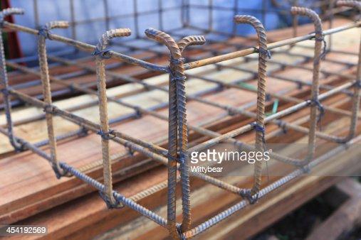 Fondazione asta in acciaio per l'edilizia residenziale : Foto stock