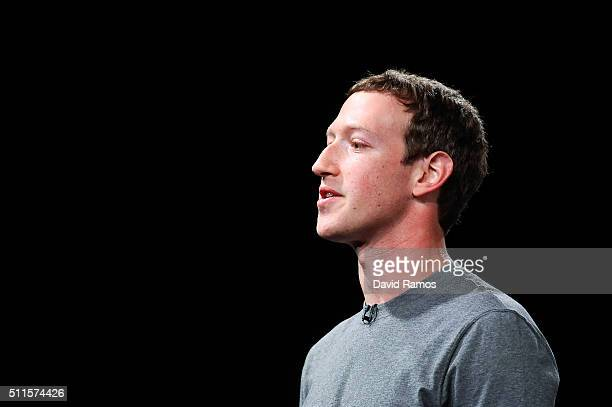 Founder and CEO of Facebook Mark Zuckerber gives his speach during the presentation of the new Samsung Galaxy S7 and Samsung Galaxy S7 edge on...