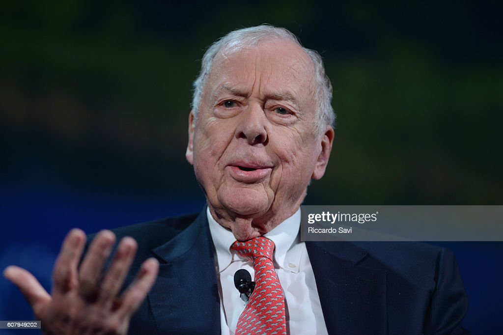 Founder & Chairman, BP Capital Management T. Boone Pickens speaks at the 2016 Concordia Summit - Day 1 at Grand Hyatt New York on September 19, 2016 in New York City.