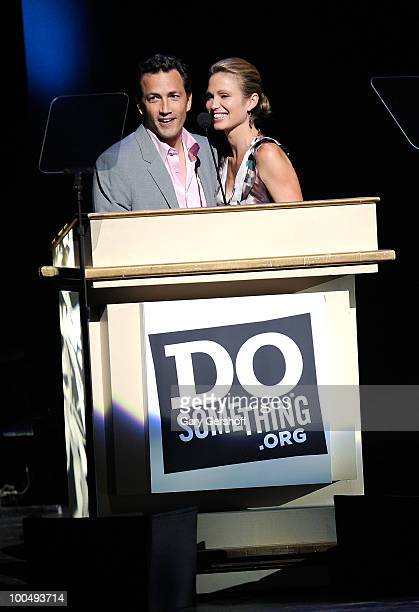 Founder DoSomething Andrew Shue and wife 'Today Show' correspondent Amy Robach attend DoSomethingorg's celebration of the 2010 Do Something Award...