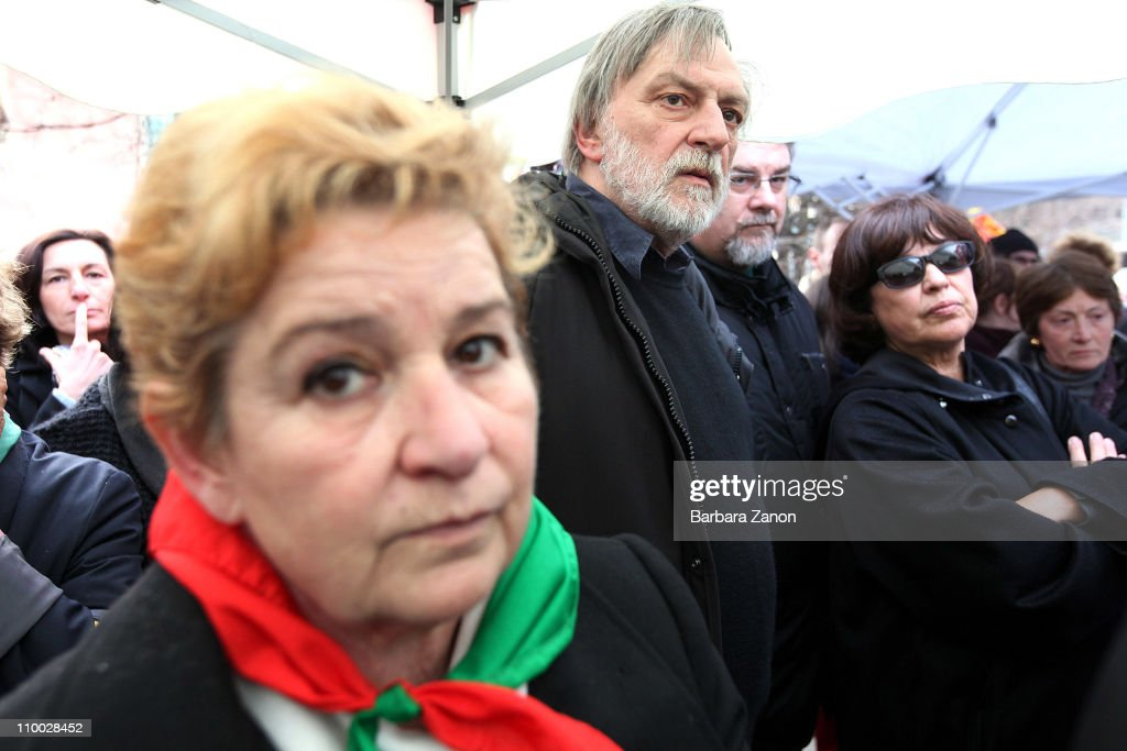 Founder of italian NGO 'Emergency' <a gi-track='captionPersonalityLinkClicked' href=/galleries/search?phrase=Gino+Strada&family=editorial&specificpeople=4203022 ng-click='$event.stopPropagation()'>Gino Strada</a> attends the National Protest to safeguard Italy's Constitution on March 12, 2011 in Venice, Italy. Protests are being made across 100 Italian cities in support Italy's Constitution and Public Schooling