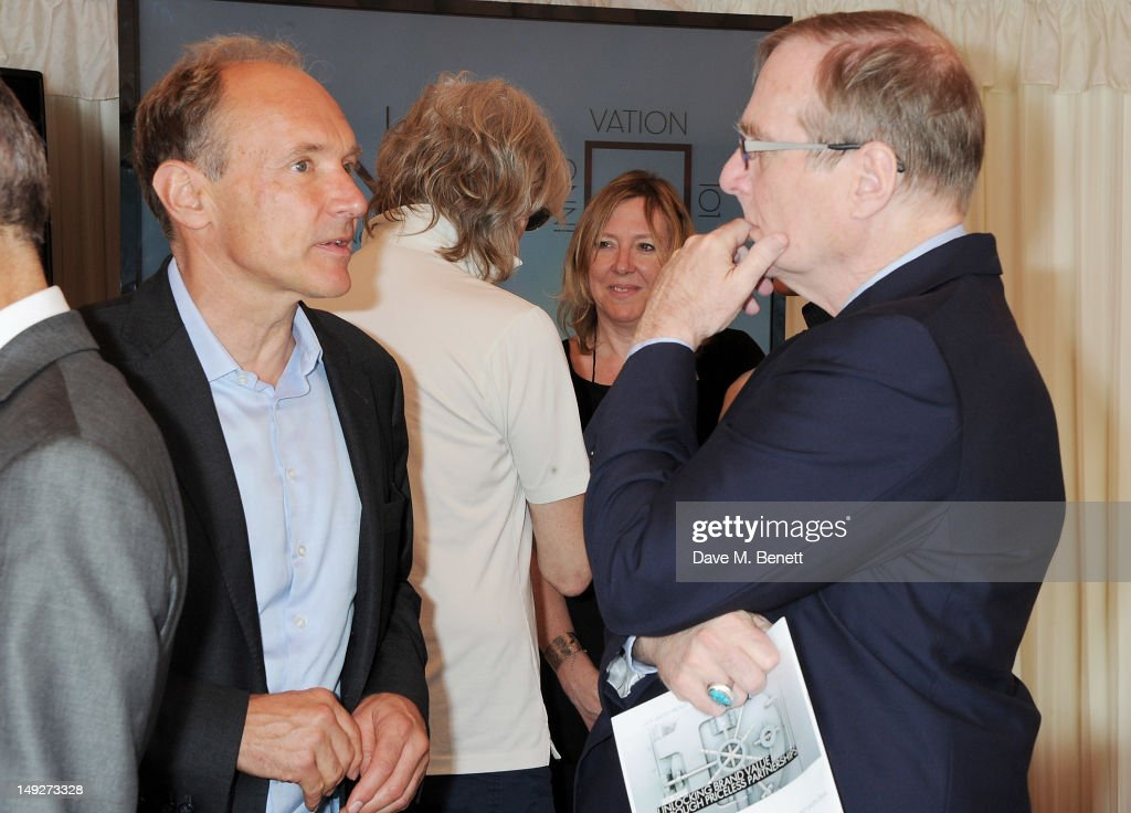 Founder of the World Wide Web Sir <a gi-track='captionPersonalityLinkClicked' href=/galleries/search?phrase=Tim+Berners-Lee&family=editorial&specificpeople=2609258 ng-click='$event.stopPropagation()'>Tim Berners-Lee</a> (L) and Microsoft co-founder <a gi-track='captionPersonalityLinkClicked' href=/galleries/search?phrase=Paul+Allen&family=editorial&specificpeople=206926 ng-click='$event.stopPropagation()'>Paul Allen</a> attend the DNA (Decide Now Act) Summit Innovation 101 Power Breakfast in the Cholmondeley Room & Terrace at the House of Lords on July 26, 2012 in London, England.
