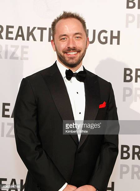 Founder/CEO of Dropbox Drew Houston attends the 2016 Breakthrough Prize Ceremony on November 8 2015 in Mountain View California