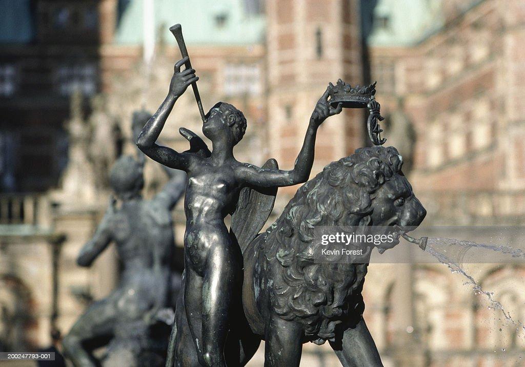Fountain at Fredricksborg Castle, Hillerod, Denmark : Stock Photo