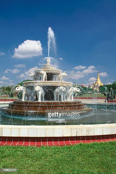 Garden sculpture stock photos and pictures getty images for Outdoor furniture yangon