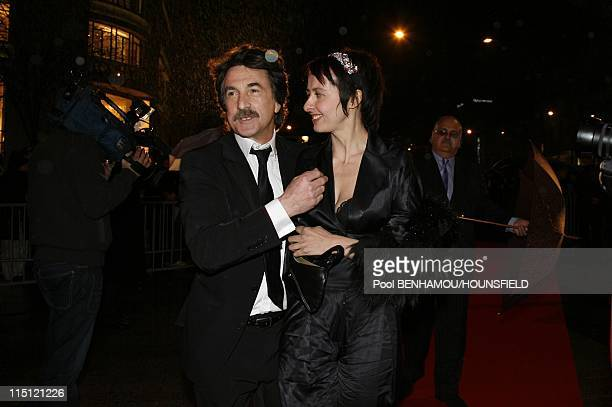 Fouquet's party following 32nd Cesar ceremony in Paris France on February 24 2007 Francois Cluzet and his girlfriend