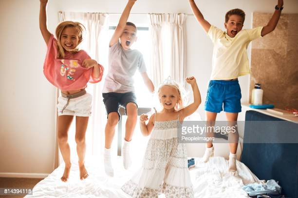 Four little monkeys jumping on the bed