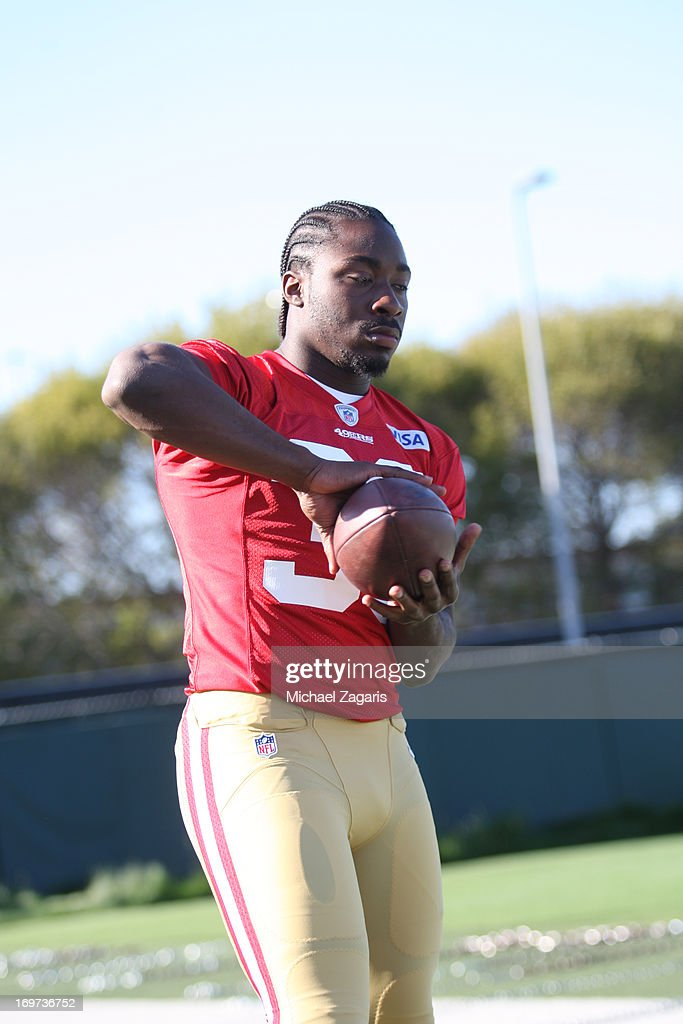 Fourth round draft pick Marcus Lattimore works out during the San Francisco 49ers Rookie Camp at the team training complex facility on May 10, 2013 in Santa Clara, California