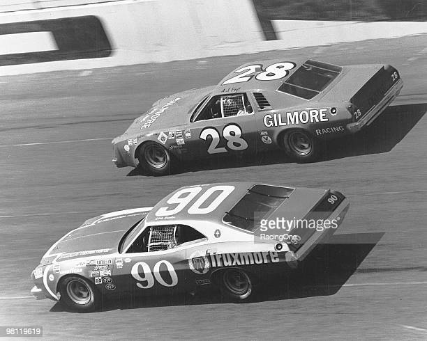 J Foyt takes the high side against Dick Brooks in the Daytona 500 Foyt finished 11th in the Hoss Ellington Chevrolet