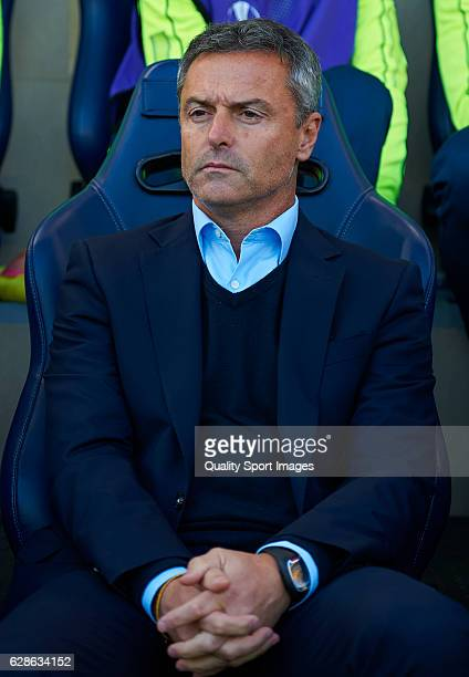 Fran Escriba Manager of Villarreal looks on during the UEFA Europa League match group L between Villarreal CF and FC Steaua Bucuresti at El Madrigal...