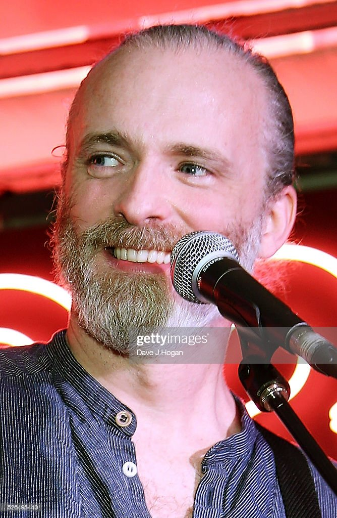 Fran Healy of Travis performs songs from the new album 'Everything At Once' at HMV Oxford Street on April 30, 2016 in London, England.