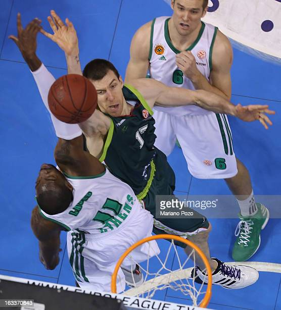 Fran Vazquez #17 of Unicaja Malaga in action during the 20122013 Turkish Airlines Euroleague Top 16 Date 10 between Unicaja Malaga v Panathinaikos...