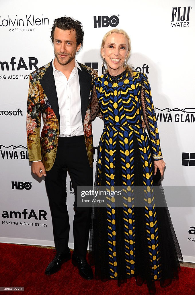 <a gi-track='captionPersonalityLinkClicked' href=/galleries/search?phrase=Franca+Sozzani&family=editorial&specificpeople=639425 ng-click='$event.stopPropagation()'>Franca Sozzani</a> (R) attends the amfAR Inspiration Gala New York 2014 at The Plaza Hotel on June 10, 2014 in New York City.