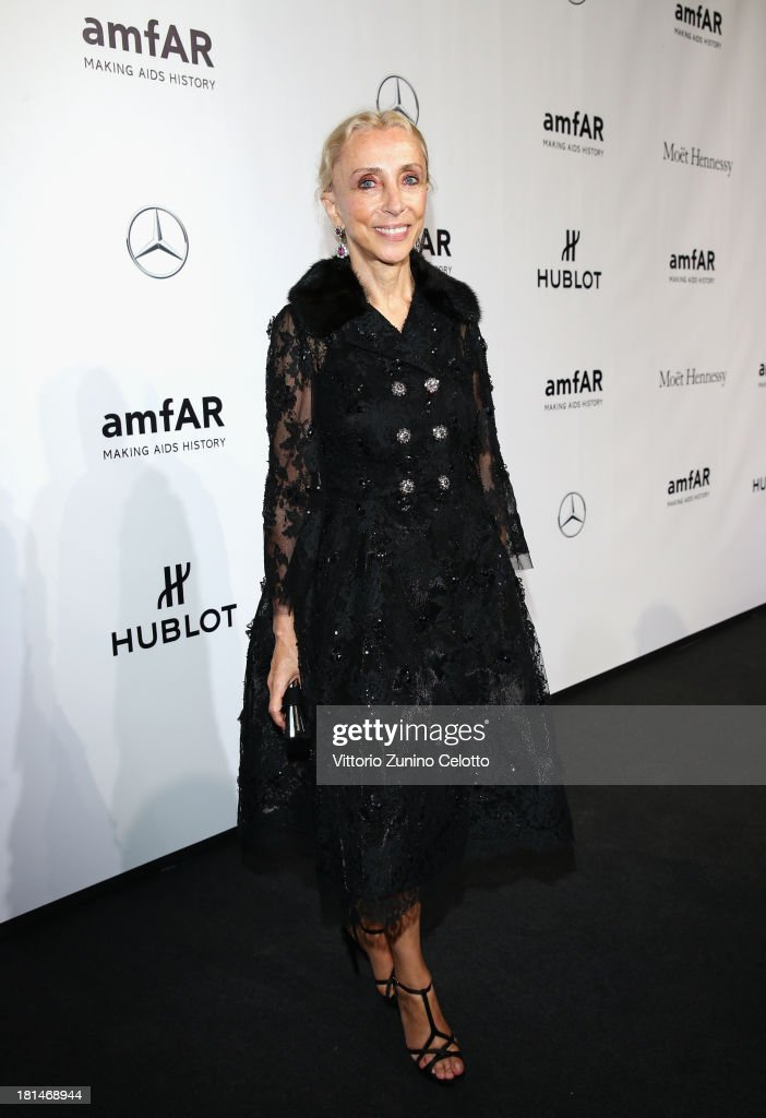 <a gi-track='captionPersonalityLinkClicked' href=/galleries/search?phrase=Franca+Sozzani&family=editorial&specificpeople=639425 ng-click='$event.stopPropagation()'>Franca Sozzani</a> attends the amfAR Milano 2013 Gala as part of Milan Fashion Week Womenswear Spring/Summer 2014 at La Permanente on September 21, 2013 in Milan, Italy.