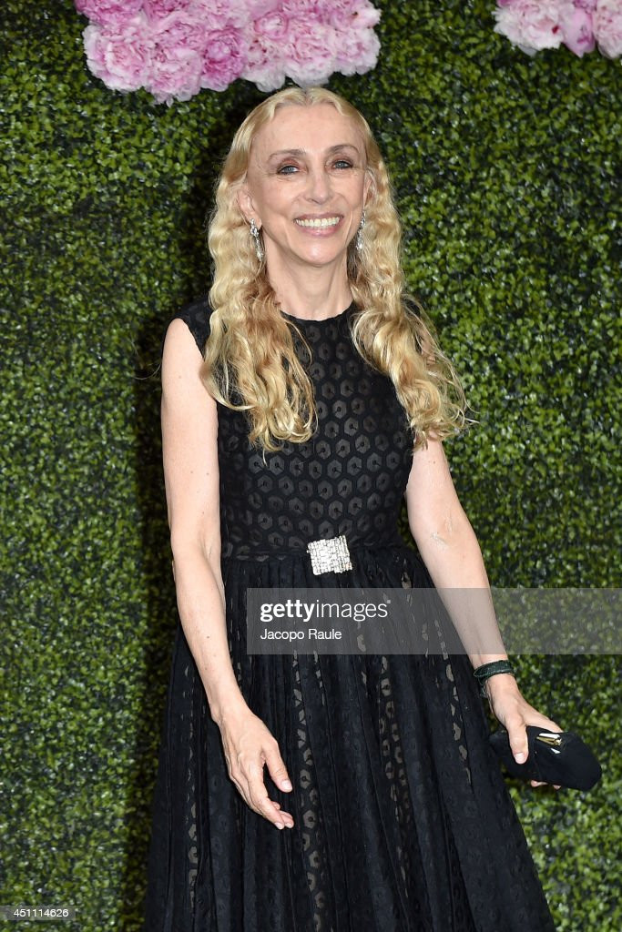 <a gi-track='captionPersonalityLinkClicked' href=/galleries/search?phrase=Franca+Sozzani&family=editorial&specificpeople=639425 ng-click='$event.stopPropagation()'>Franca Sozzani</a> attends the Stella McCartney Garden Party during the Milan Fashion Week Menswear Spring/Summer 2015 on June 23, 2014 in Milan, Italy.