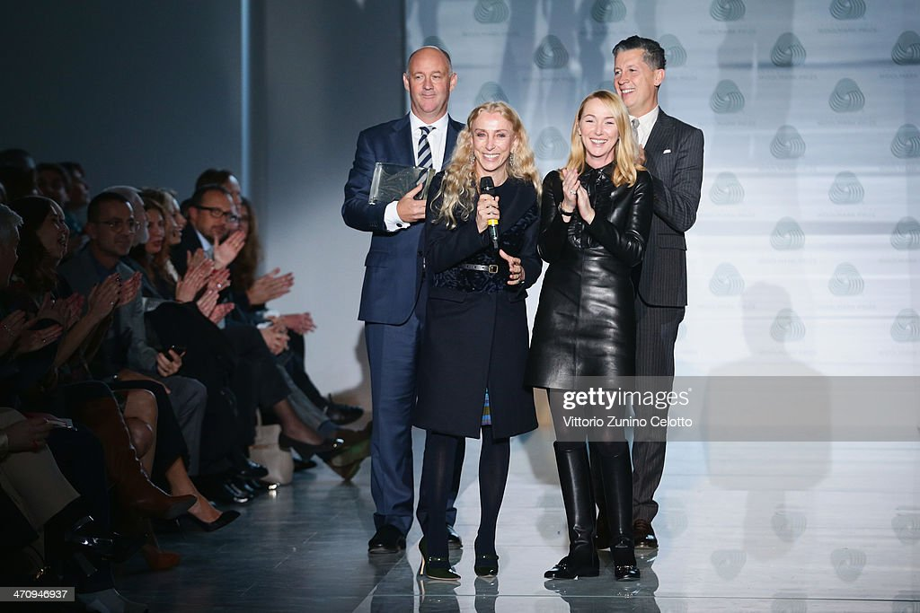 <a gi-track='captionPersonalityLinkClicked' href=/galleries/search?phrase=Franca+Sozzani&family=editorial&specificpeople=639425 ng-click='$event.stopPropagation()'>Franca Sozzani</a>, <a gi-track='captionPersonalityLinkClicked' href=/galleries/search?phrase=Frida+Giannini&family=editorial&specificpeople=559380 ng-click='$event.stopPropagation()'>Frida Giannini</a> and <a gi-track='captionPersonalityLinkClicked' href=/galleries/search?phrase=Stefano+Tonchi&family=editorial&specificpeople=2497117 ng-click='$event.stopPropagation()'>Stefano Tonchi</a> on the runway at the International Woolmark Prize as part of Milan Fashion Week Womenswear Autumn/Winter 2014 on February 21, 2014 in Milan, Italy.