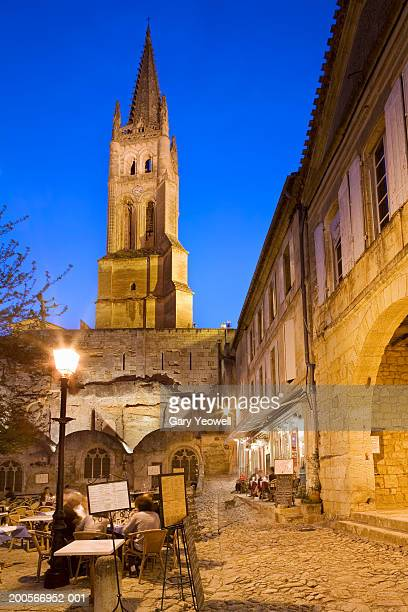 Saint emilion stock photos and pictures getty images for Aquitaine france cuisine