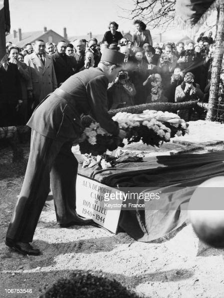 France Compiegne General De Gaulle Paying Tribute To Deported From Royallieu Camp In 1948