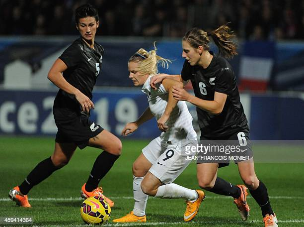 France forward Eugenie Le Sommer vies for the ball with New Zealand defender Rebekah Stott during the Women's friendly football match France vs New...