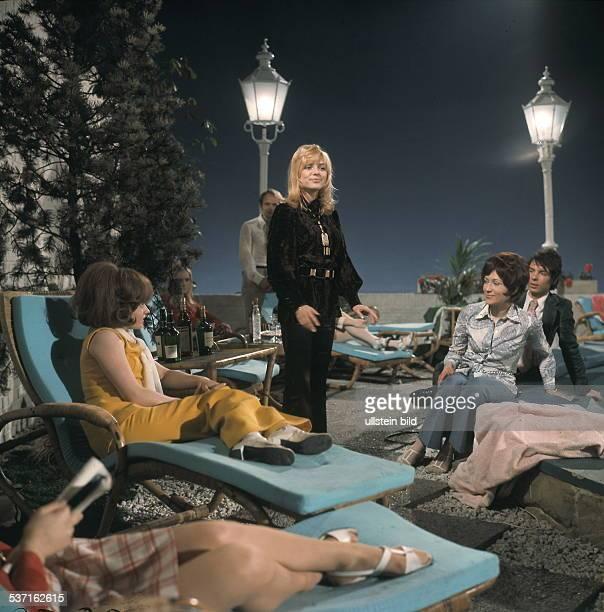 France Gall Saengerin Frankreich * Auftritt in der Fernsehshow 'PeterGardenParty' vermutl um 1970