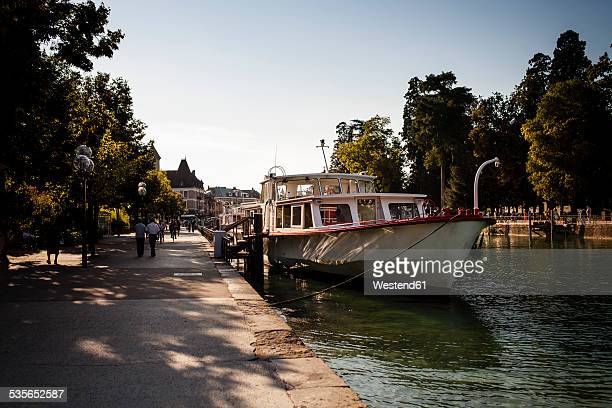 France, Haut-Savoie, Annecy, Harbour and boats