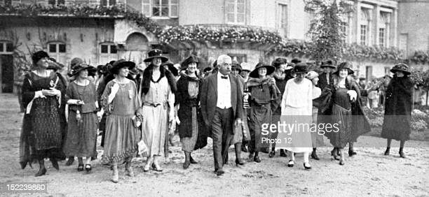 France In the park of Rambouillet castle Mr Millerand with American ladies of the 'Good Will Delegation'
