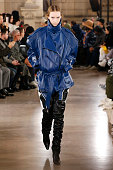 Junn J : Runway - Paris Fashion Week - Menswear F/W...