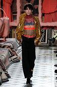 Henrik Vibskov : Runway - Paris Fashion Week - Menswear...