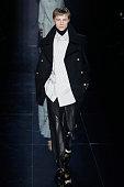 Dunhill : Runway - Paris Fashion Week - Menswear F/W...