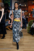 Julie De Libran : Runway - Paris Fashion Week - Haute...
