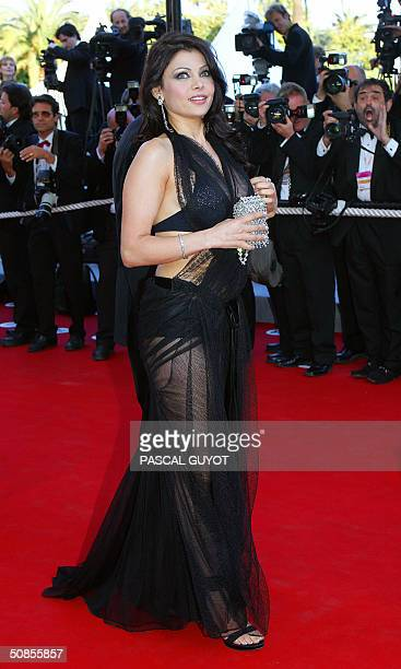 Lebanese exmodel and singer Haifa Wehbi arrives for the official projection of the Cohen brothers' film 'Ladykillers' 18 May 2004 at the 57th Cannes...