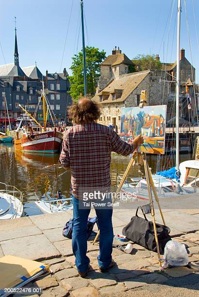 France, Normandy, painter at Honfluer Marina
