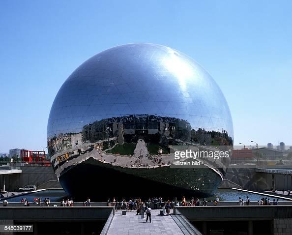 La villette stock photos and pictures getty images for Amusement parks in paris