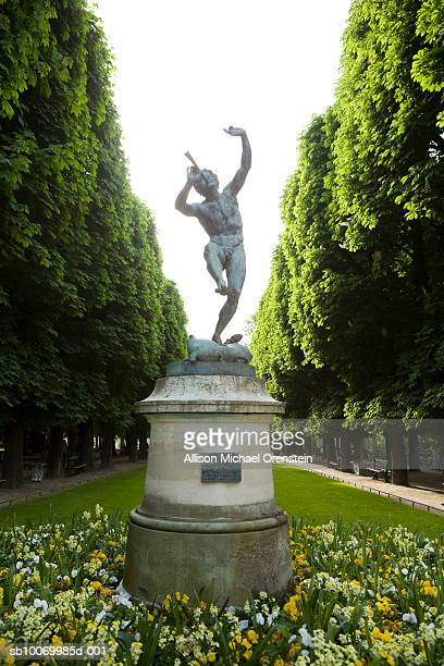 France, Paris, statue in Luxembourg Gardens