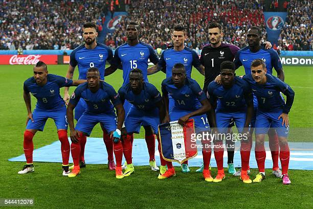 France pose for a team photograph ahead of the UEFA Euro 2016 Quarter Final match between France and Iceland at Stade de France on July 03 2016 in...