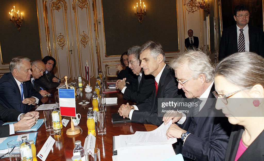 France Prime Minister Jean-Marc Ayrault (L) and Austria President Heinz Fischer (4th L) meets in Wien, Austria on January 16, 2014.
